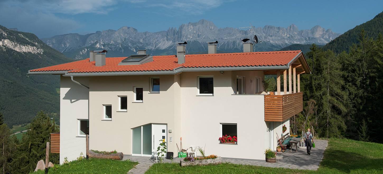 Case su misura in legno con il concetto naturhaus for Aprire case di concetto